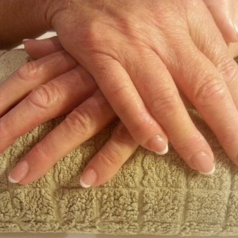 French manicure.jpg