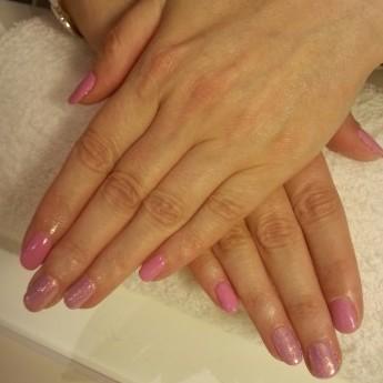 Barbie roze met snow white pigment.jpg