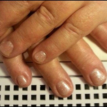 French manicure met sparkling topcoat.jpg