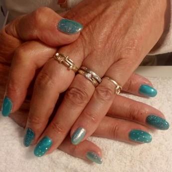 Gelnagels ibiza bleu, glitter, pigmenten.jpg
